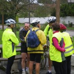 Les cyclistes en discussion